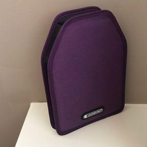 Le Creuset Wine Cooler Sleeve - Cassis purple
